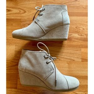 Toms Taupe Desert Wedges Suede Ankle Booties